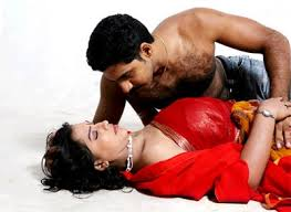 LIPS KISSING SCENES OF TAMIL