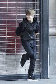 Justin Bieber Hugs A Cute