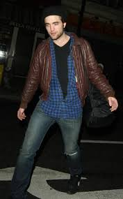 Robert Pattinson: Pre-Valentine's Day Clubbing