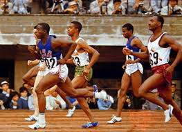 Bob Hayes (left, foreground) winning