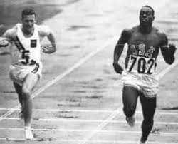 Bob Hayes wins another sprint