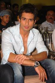 shahid-kapoor-at-a-documentary